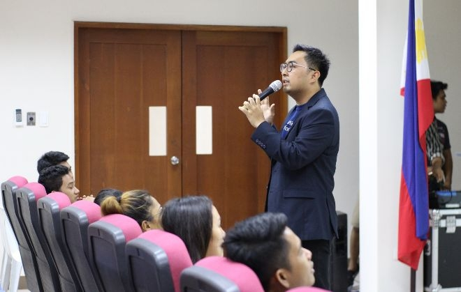 CCS Alumnus Conducts Industry Lecture on Agile Project Management